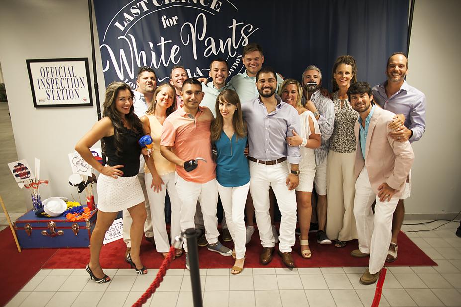 white-pants-20160014