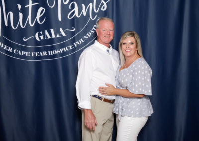 audi cape fear, event, wilmington nc, jacksonville nc, myrtle beach sc, lower cape fear hospice, couple, white pants, wilmington community support